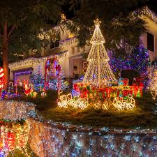 Outdoor Christmas Light Decorating Ideas Pictures