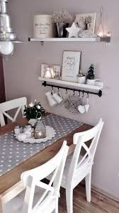 romantische küche mit pastellfarbener wand diy dekoration