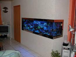 aquarium dans le mur le 600 litres de serge lignie
