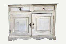 How to Turn Stain Veneer Into a White Distressed Finish