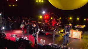 The Smashing Pumpkins Oceania Violet Rays by Smashing Pumpkins Oceania Live In Nyc 2013 M720p Identi