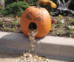 Funny Pumpkin Carvings Youtube by Top 10 Crazy Pumpkin Carvings For Halloween Youtube