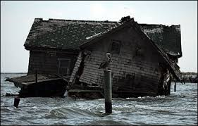 last house on sinking chesapeake bay island collapses ocean