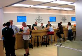 what apple stores teach saas products about user onboarding