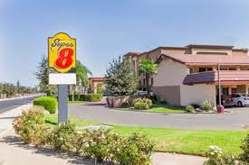 Lamp Liter Inn In Visalia by Pet Friendly Hotels In Visalia California Accepting Dogs U0026 Cats