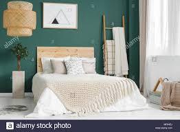 anlage und rattan le grün gemütliches schlafzimmer mit