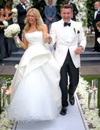 what happened when kym johnson u0027s wedding dress caught on fire