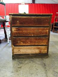 Furniture Stripping Tanks by 25 Unique Sanding Furniture Ideas On Pinterest Staining Wood