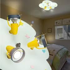 lumiere chambre enfant projecteur de plafond enfant jaune le luminaire chambre d