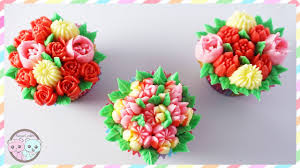 Cakes Decorated With Russian Tips by How To Use Russian Piping Tips Russian Piping Tips With Couplers