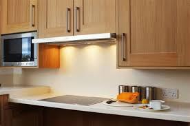 cuisine blanc et bois credence pour cuisine blanche 11 cuisine moderne blanc et bois