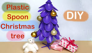 Saran Wrap Christmas Tree With Ornaments by How To Make A Plastic Spoon Christmas Tree Youtube