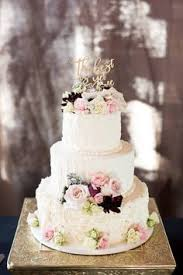 Wedding Cakes Are Our Favorites This Cake Has Dusty Miller Some Dahlias Quick