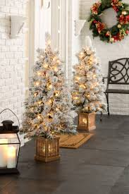 Pre Lit Porch Christmas Trees by 68 Best Christmas Tabletop Trees Images On Pinterest Holiday