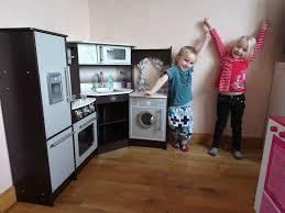 cuisine bois kidkraft cuisine enfant en bois avec sons et lumières kidkraft