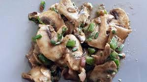 cuisiner cepes frais recette de salade de chignons frais