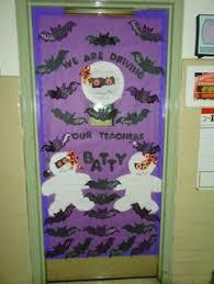 Halloween Classroom Door Decorations by Diy Halloween Door Decoration That Was On A College Dorm Door