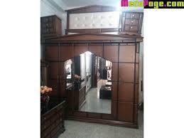 chambres à coucher pas cher chambre a coucher pyramide 6 portes en bois pas cher kolea
