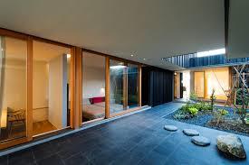 100 Court Yard Houses Yard House In Peach Garden Takeru Shoji Architects