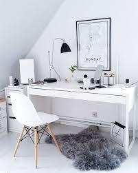 HOUSE Of IDEAS Kosmetikspiegel Kerze Notizbuch Houseofideasde