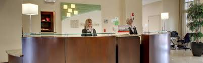 Front Desk Receptionist Jobs Nyc by Holiday Inn Meridian E I 20 I 59 Hotel By Ihg