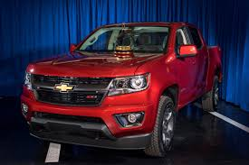2015 Chevrolet Colorado: Motor Trend 2015 Truck Of The Year Photo ... Chevrolets Colorado Wins Rare Unanimous Decision From Motor Trend Dulles Chrysler Dodge Jeep Ram New 2018 Truck Of The Year Introduction Chevrolet Z71 Duramax Diesel Interior View Chevy Modern 2006 1500 Laramie 2012 Ford F150 Youtube Super Duty Its First Trucks Have Been Named Magazines Toyota Tacoma Selected As 2005 Motor Trend Winners 1979present Ford F 250 Price Lovely 2017 Car Wikipedia