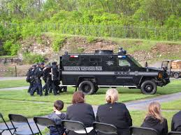 100 Swat Team Truck CPA Learns About Dangerous Side Of Law Enforcement WUKY