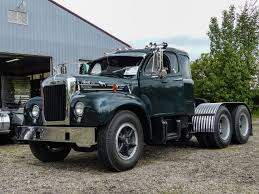 1960 Mack B61 Factory Sleeper Cab | Big Trucks | Pinterest | Mack ...
