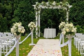 Cheap Wedding Decorations That Look Expensive by Garden Wedding Decorations Pictures 15 Cheap Wedding Ceremony