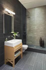 les 25 meilleures idées de la catégorie salles de bains gris foncé
