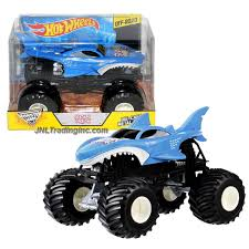 100 Shark Wreak Monster Truck Jam 124 Scale Die Cast Metal Body CJD20