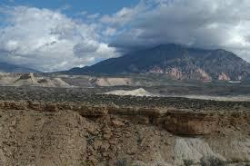 Dugway Geode Beds by Agates In Utah Sierra Nevada Gems And Minerals