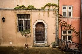 chambres d hotes lyon centre chambres d hôtes lyon renaissance côté cour côté jardin vieux