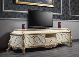 casa padrino luxus barock fernsehschrank weiß antik gold 242 x 65 x h 70 cm prunkvoller barock wohnzimmerschrank mit 4 türen und 3 schubladen