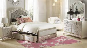Sofia Vergara Petit Paris Champagne 6 Pc Full Panel Bedroom Teen