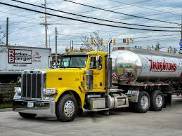 100 Gasoline Truck Thorntons Big Peterbilt Taken At A Thornto Flickr