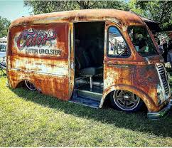 Rusty Old Van | Panel's, Wagons & Vans.. | Pinterest | Trucks, Cars ...