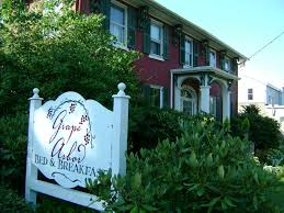 Great Places Grape Arbor Bed And Breakfast With Full Service