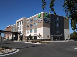 Holiday Inn Express & Suites Boise Airport Hotel by IHG