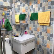 großhandel neue diy verdickte badezimmerwand papier selbstklebende wand wasserdicht badezimmer mit pvc wand aufkleber mosaik fliesen aufkleber wc