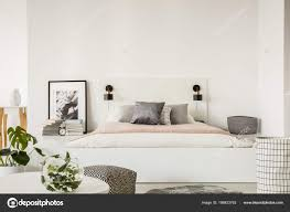 schlafzimmer grau weiss rosa caseconrad
