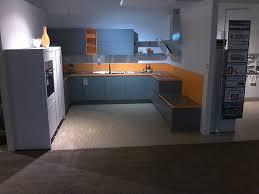 nobilia musterküche grifflose u küche mit sitzbank