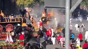 Float Catches Fire At Rose Parade, No One Hurt | Don't Miss This ... Fightlinerfiretruck Instagram Photos And Videos Tupgramcom Eloy Fire Truck To Hlight Electric Light Parade News Santas Coming Town On A Big Red New Jersey Herald Your Ride 1951 Chicago Fire Truck Wvideo Home Leicestershire Rescue Service Wpfd Onilorcom Holiday Parade Lights Up Wallington Tonight Njcom North Penn Company Prepping For Saturday Engine Housing Medic Clearwater Florida Deadline August 3 2016 Christmasville