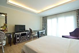 100 Studio 36 Sqm Miracle Suite LK Group Pattaya Hotels