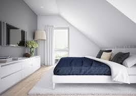 kleines schlafzimmer mit dachschräge einrichten stock