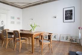 esszimmer mit antiken stühlen und bild kaufen 11401196