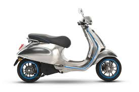 Vespas First Electric Scooter Is Coming In 2018 With 62 Miles Of Range