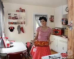 Jessica Decorates Her Rental Kitchen Adding Retro Charm To The