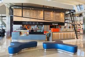 10 amazing airport restaurants