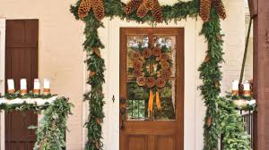 Mardi Gras Wooden Door Decorations by Spectacular Holiday Entry And Christmas Door Decorations